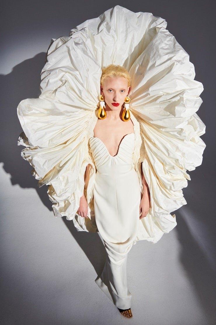 231 секунда высокой моды: обзор новой коллекции Schiaparelli Haute Couture (ФОТО+ВИДЕО) - фото №2