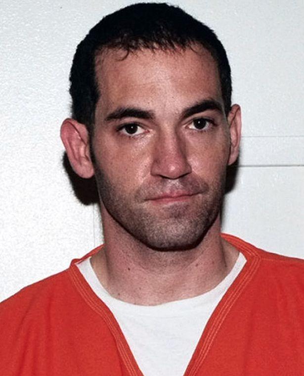 """В США """"голливудского потрошителя"""", убившего девушку актера Эштона Катчера, приговорили к смертной казни - фото №3"""