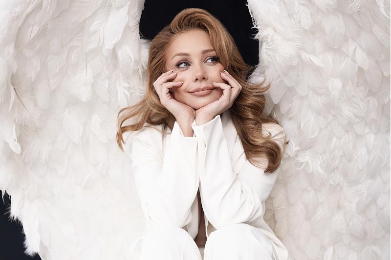 Настоящий шедевр: обложкой нового альбома Тины Кароль стала ее скульптура (ВИДЕО) - фото №2