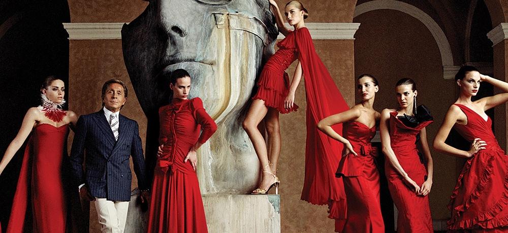 Зендая стала новым лицом Valentino - фото №2