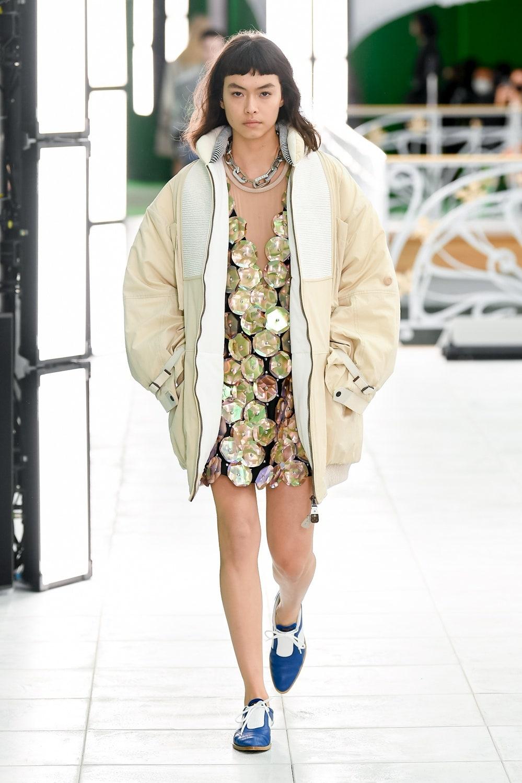Гид по модным трендам 2021 года в новой коллекции Louis Vuitton (ФОТО) - фото №10