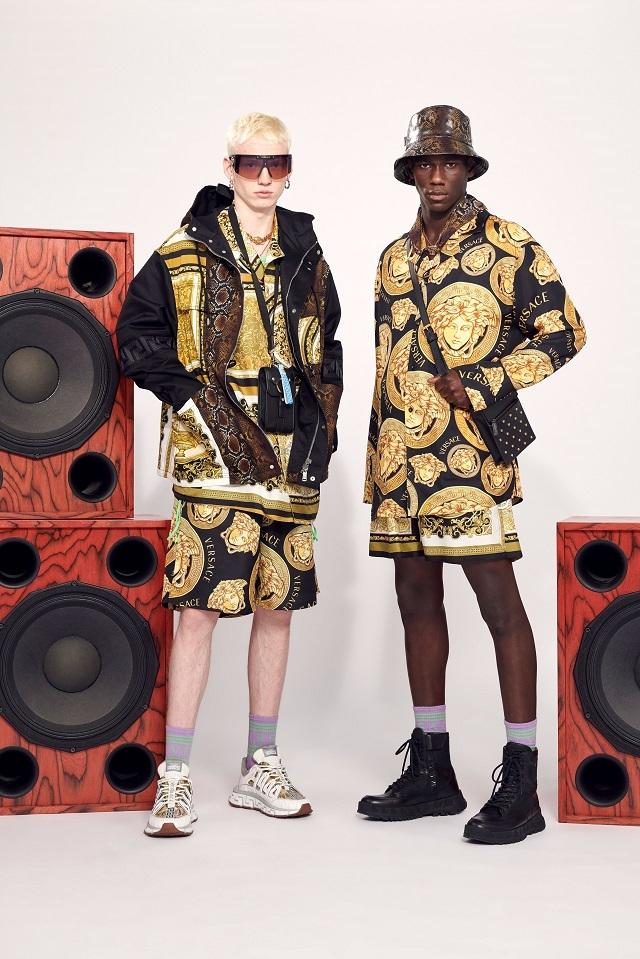 Брюки с низкой посадкой и змеиный принт: Versace представили новую круизную коллекцию (ФОТО) - фото №10
