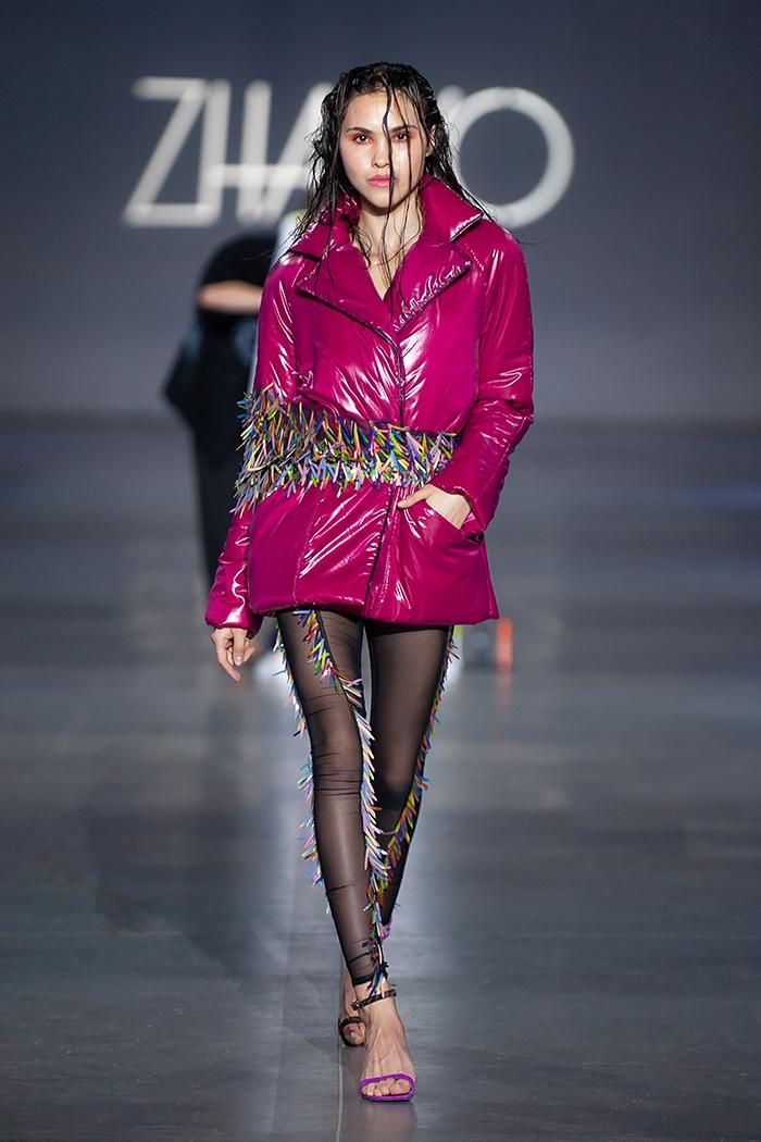 Униформа, яркие цвета и женственность: какие тренды показали молодые дизайнеры на UFW (ФОТО) - фото №10