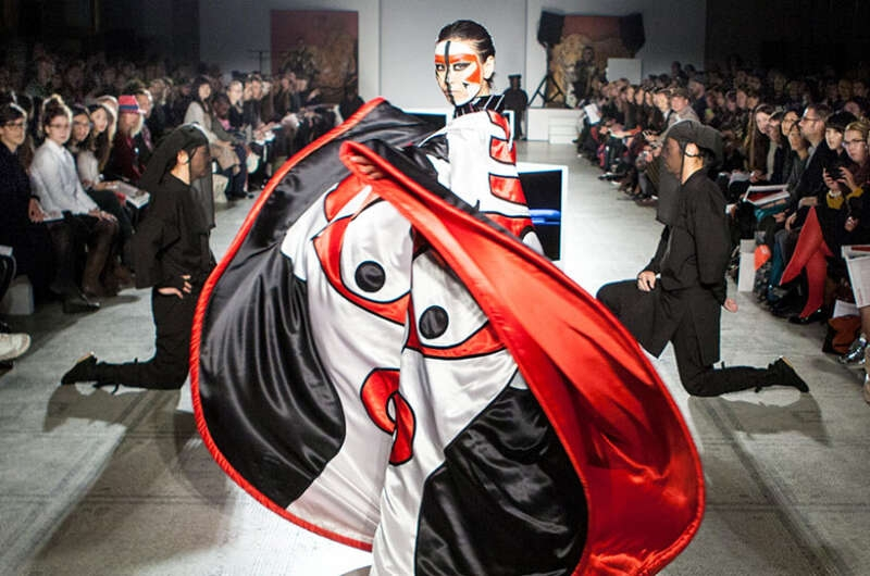 Умер японский дизайнер Кансай Ямамото, который создавал легендарные костюмы Дэвида Боуи - фото №4