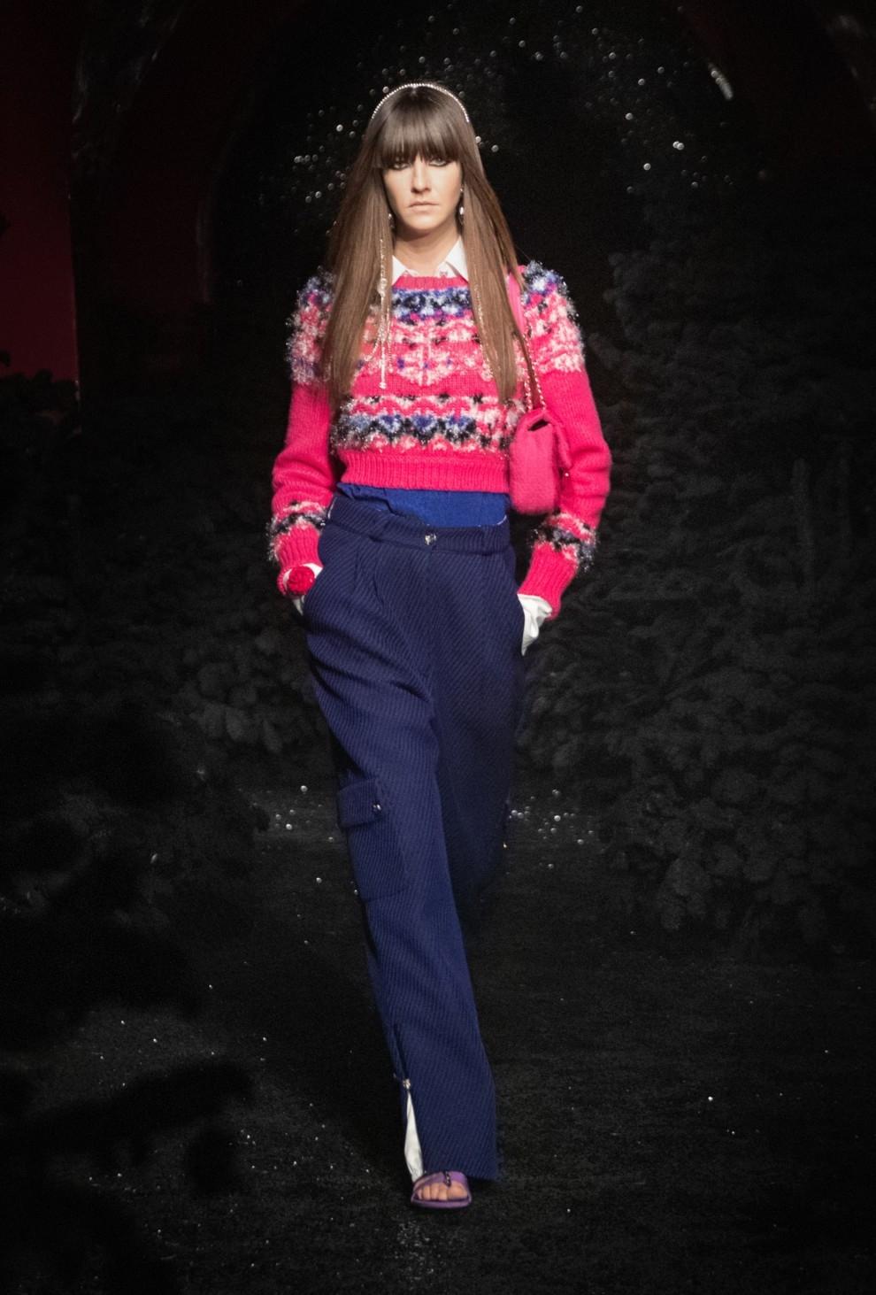 Богемный шик 70-х, люрекс и пайетки в новой коллекции Chanel (ФОТО) - фото №4