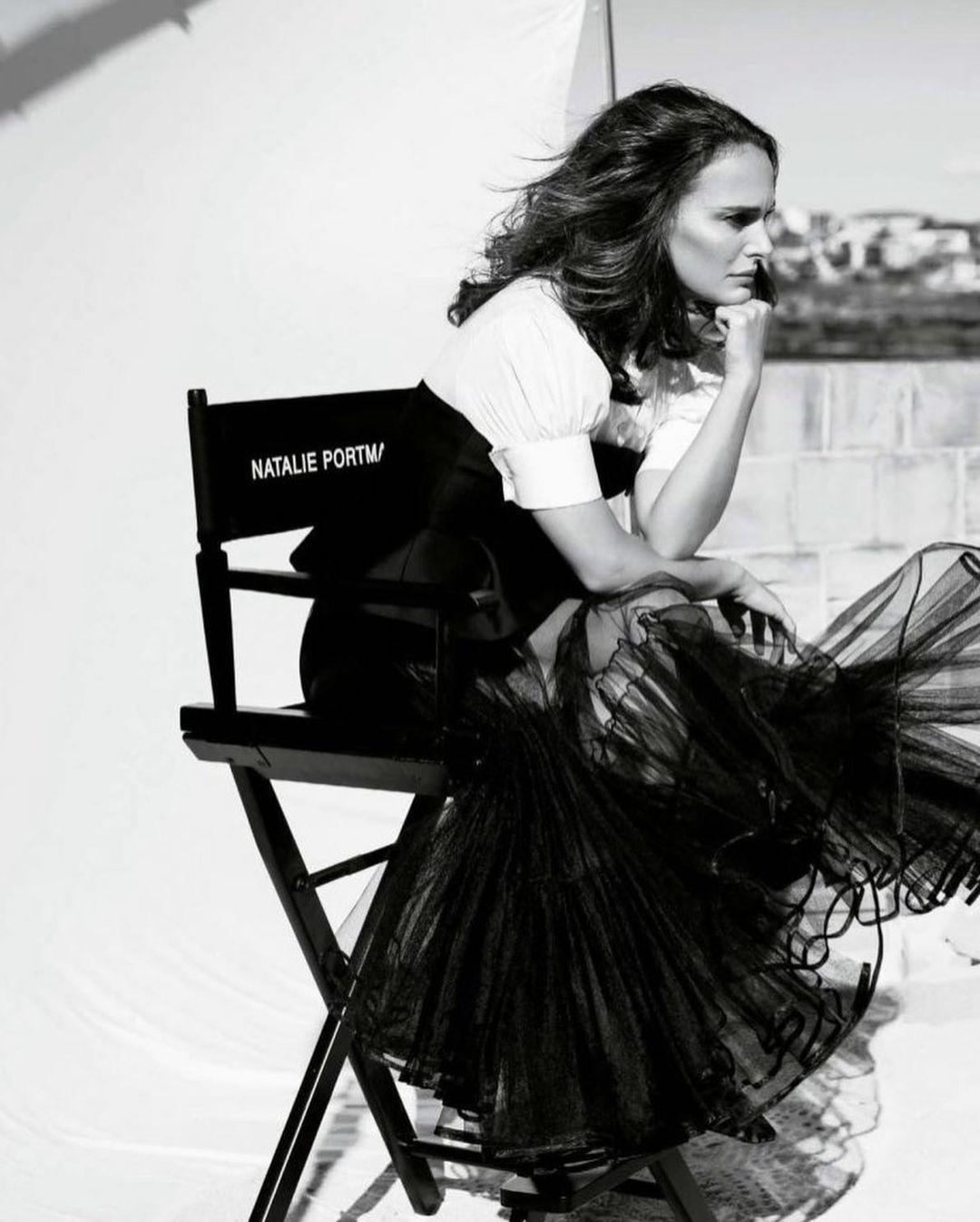 Натали Портман украсила обложку известного глянца (ФОТО) - фото №3