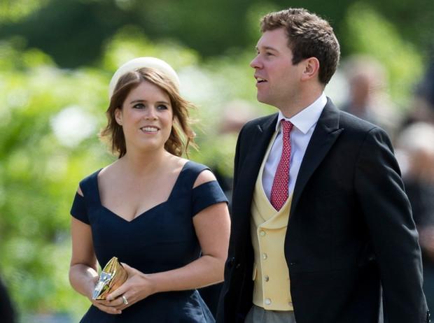 СМИ: дом Меган Маркл и принца Гарри достался беременной принцессе Евгении - фото №2