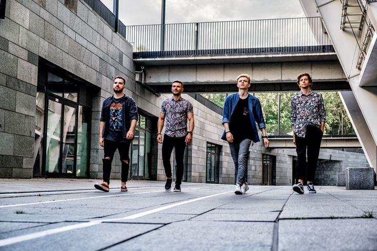 """Cloudless представят новый сингл на ТВ-шоу """"Супер Топ-модель по-украински"""" - фото №1"""