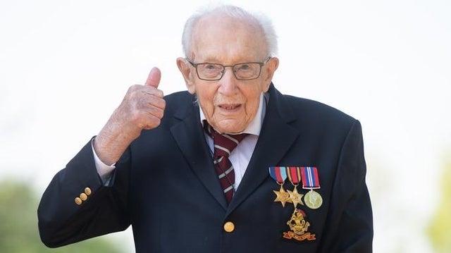 Ветеран Том Мур, собравший 40 миллионов для врачей, отпраздновал 100-летие (ФОТО) - фото №3