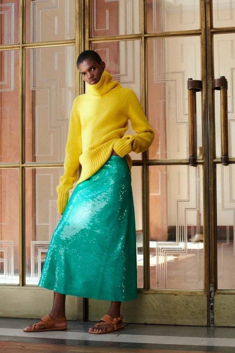 Современная элегантность в новой коллекции Victoria Beckham Resort 2022 (ФОТО) - фото №9