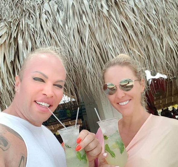Популярные блогеры Александр и Мася Шпак объявили о разводе - фото №3