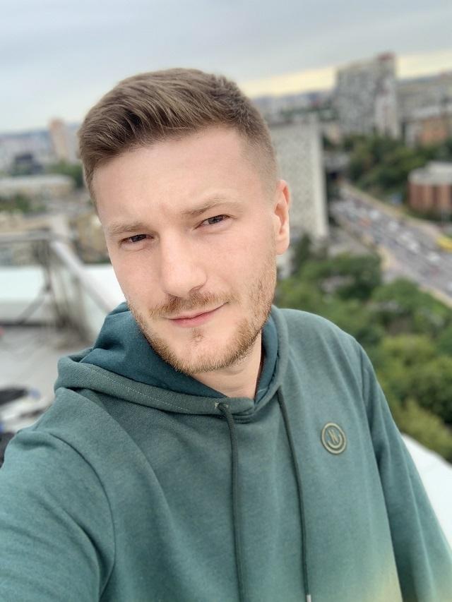интервью с Андреем Царенком