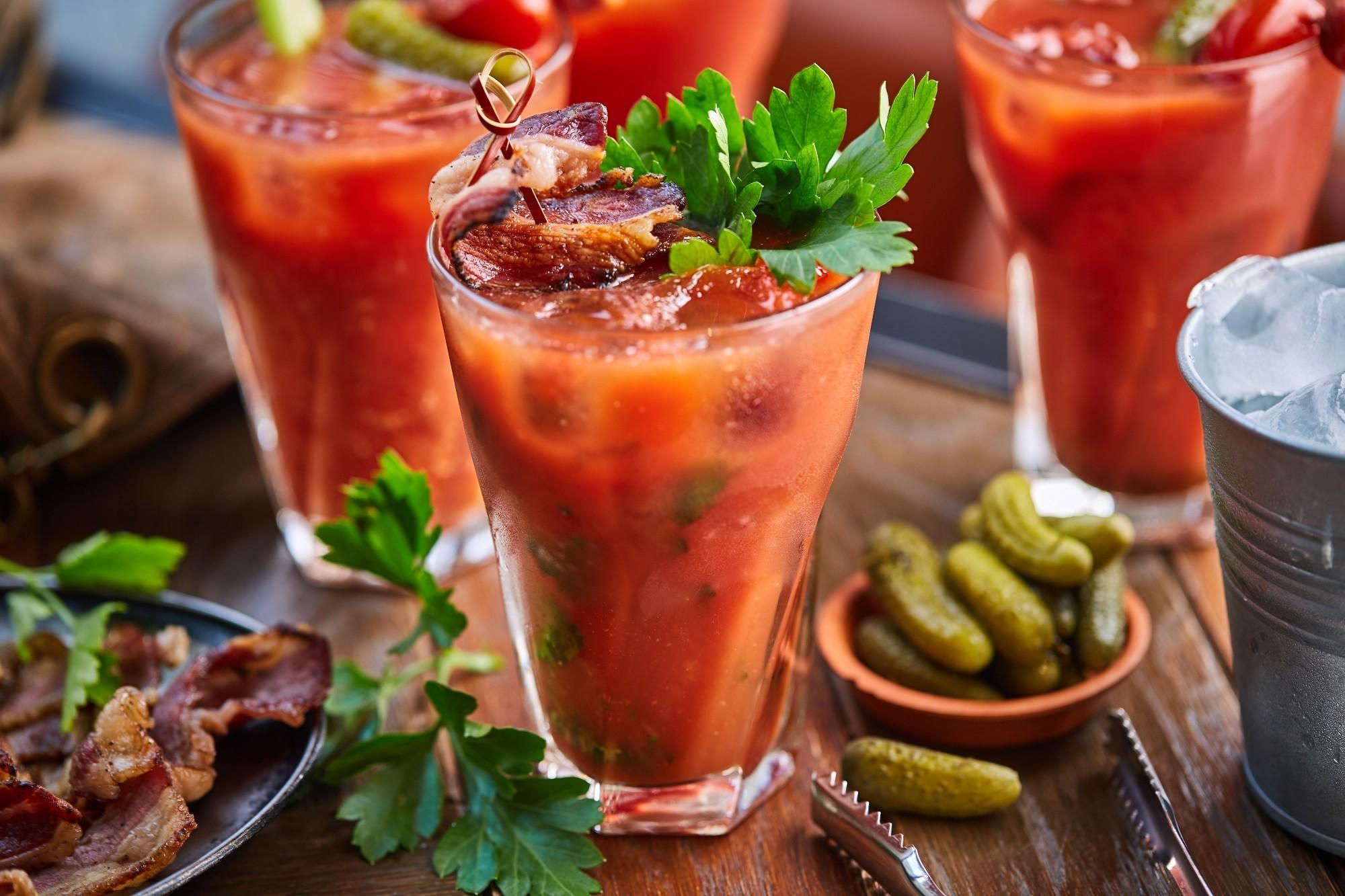 Поклонение Св. Аманду или международный день бармена. 5 рецептов популярных напитков - фото №3