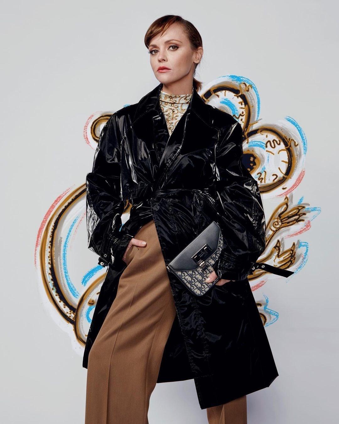 Роберт Паттинсон, Кейт Мосс, Белла Хадид и другие звезды в рекламной кампании Dior Pre-Fall 2021 (ФОТО) - фото №4