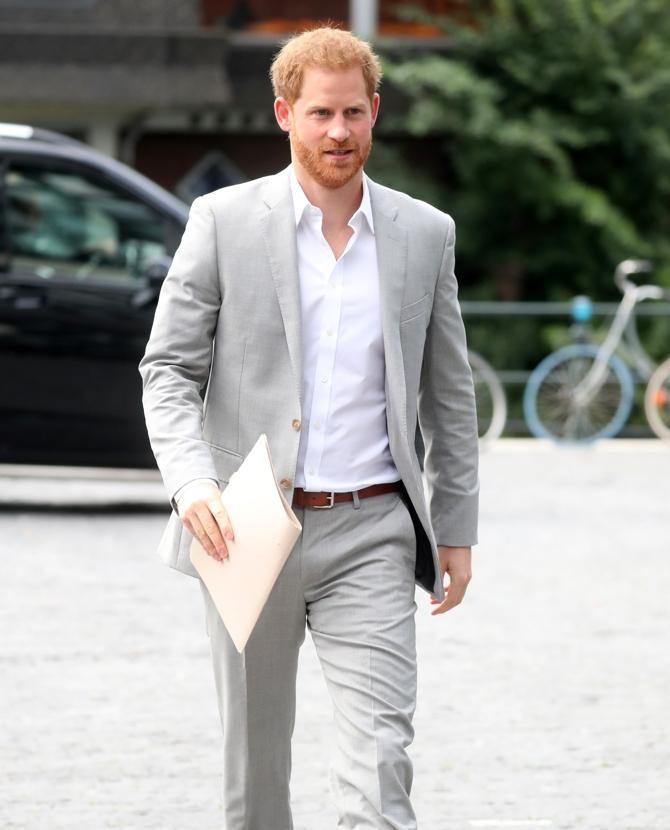 Принц Гарри выпустит книгу, в которой расскажет всю правду о своей жизни - фото №1