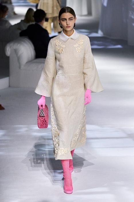 Неделя моды в Милане: Fendi выпустили коллекцию, вдохновленную карантином и пандемией (ФОТО) - фото №9