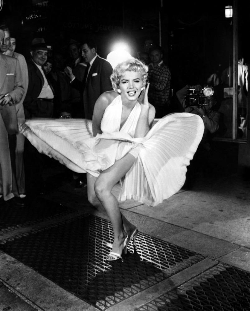 Годовщина смерти Мэрилин Монро: самые эффектные образы знаменитой актрисы (ФОТО) - фото №4