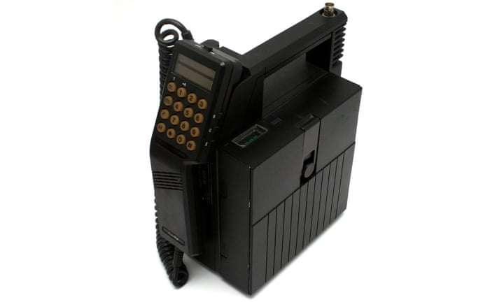 День рождения телефона: как эволюционировало переговорное устройство - фото №3