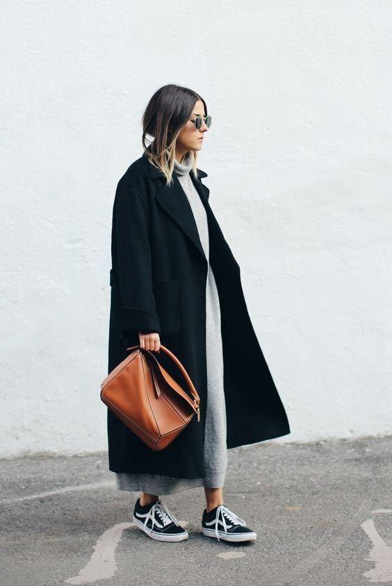 Пальто ниже колена