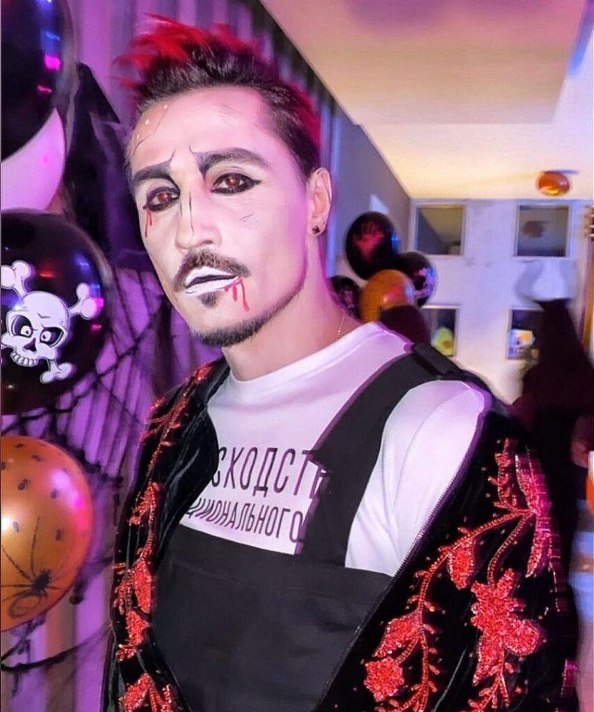 Хэллоуин-2020: Ким Кардашьян, NK, Кайли Дженнер и другие - фото №6