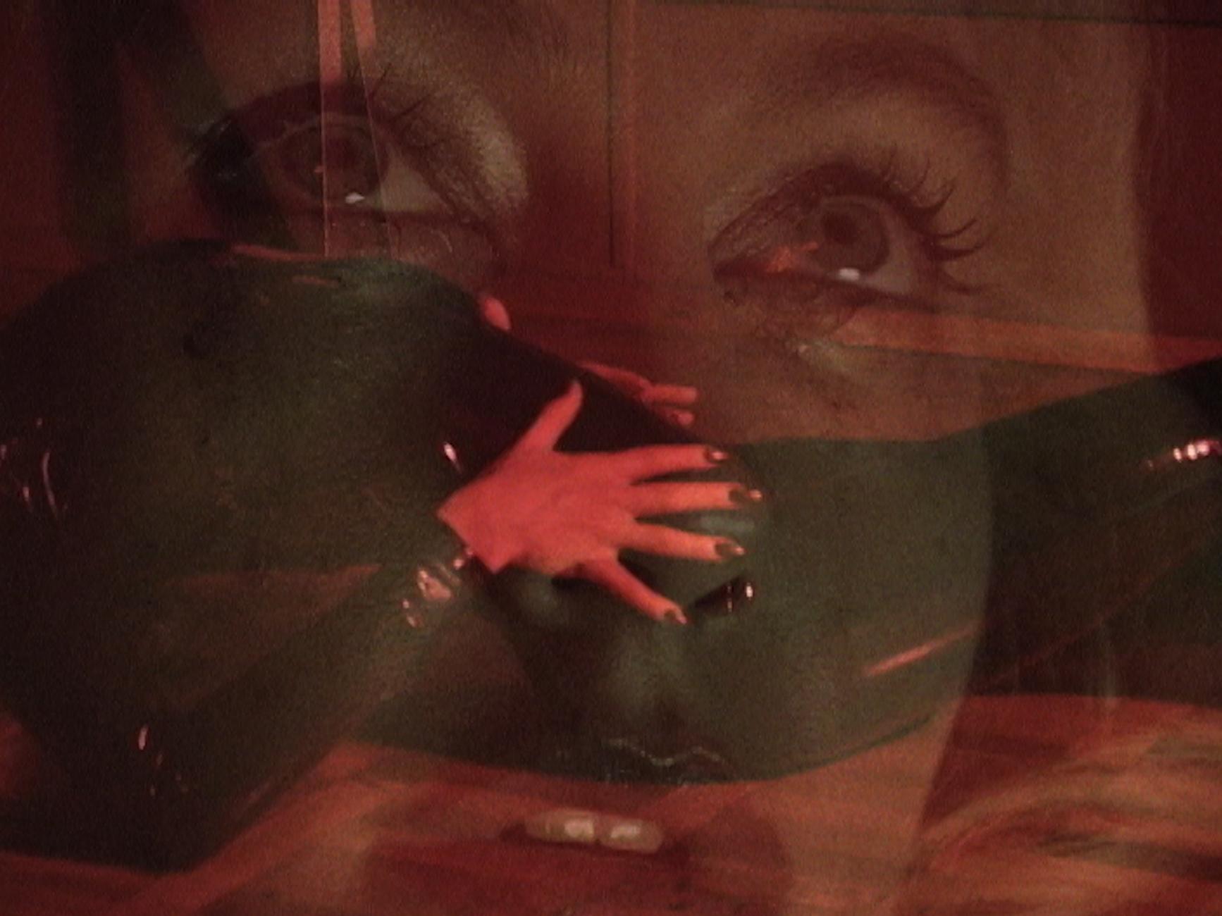 """""""Мастер"""": LAYAH выпустила психоделическое видео на новую песню - фото №3"""