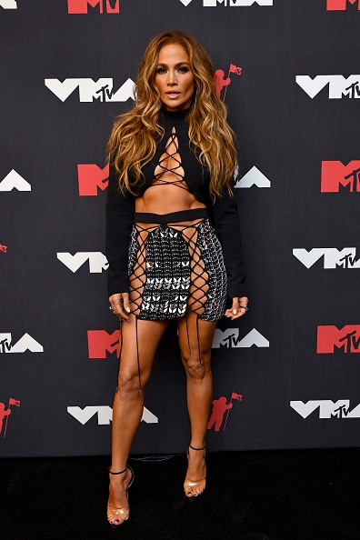 Пэрис Хилтон, Аврил Лавин, Билли Портер и другие звезды на красной дорожке MTV Video Music Awards 2021 (ФОТО) - фото №12