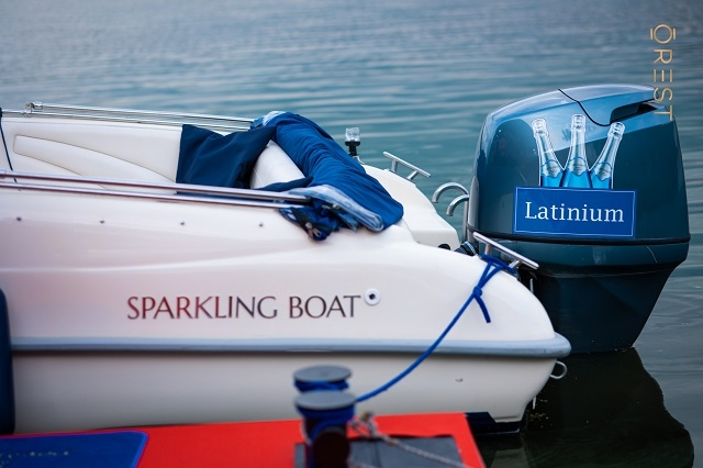 Sparkling Boats