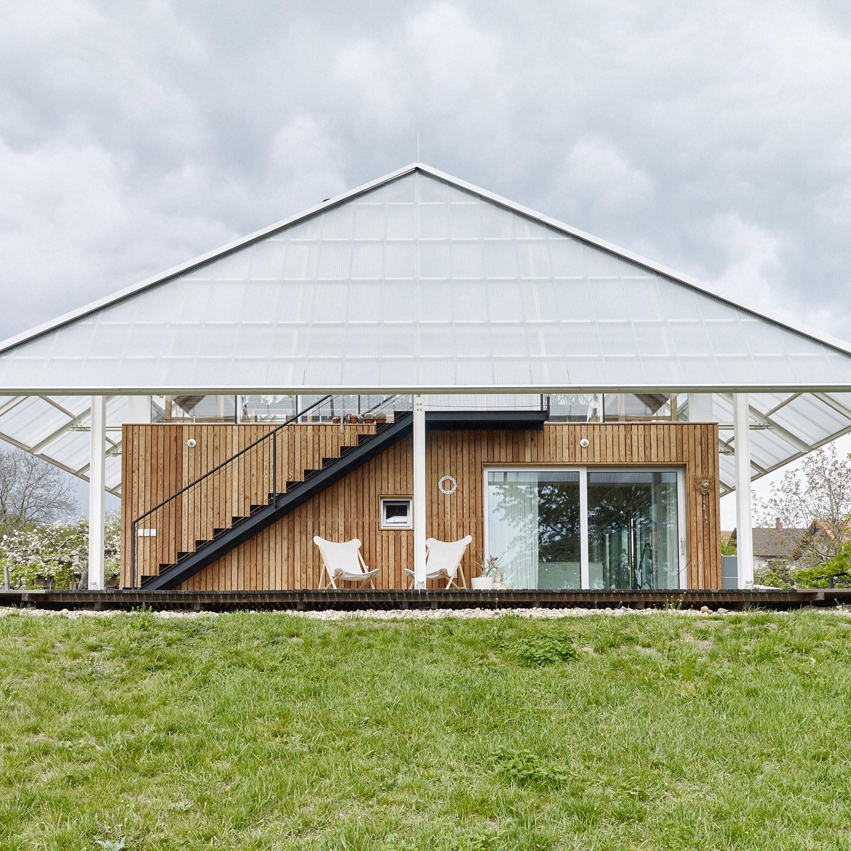 Шедевры архитектуры: 10 самых необычных домов мира, которые построили в 2020 году (ФОТО) - фото №7