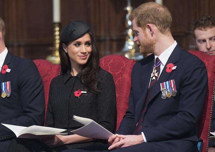 Принц Гарри и Меган Маркл: подборка трогательных кадров герцогов Сассекских - фото №4