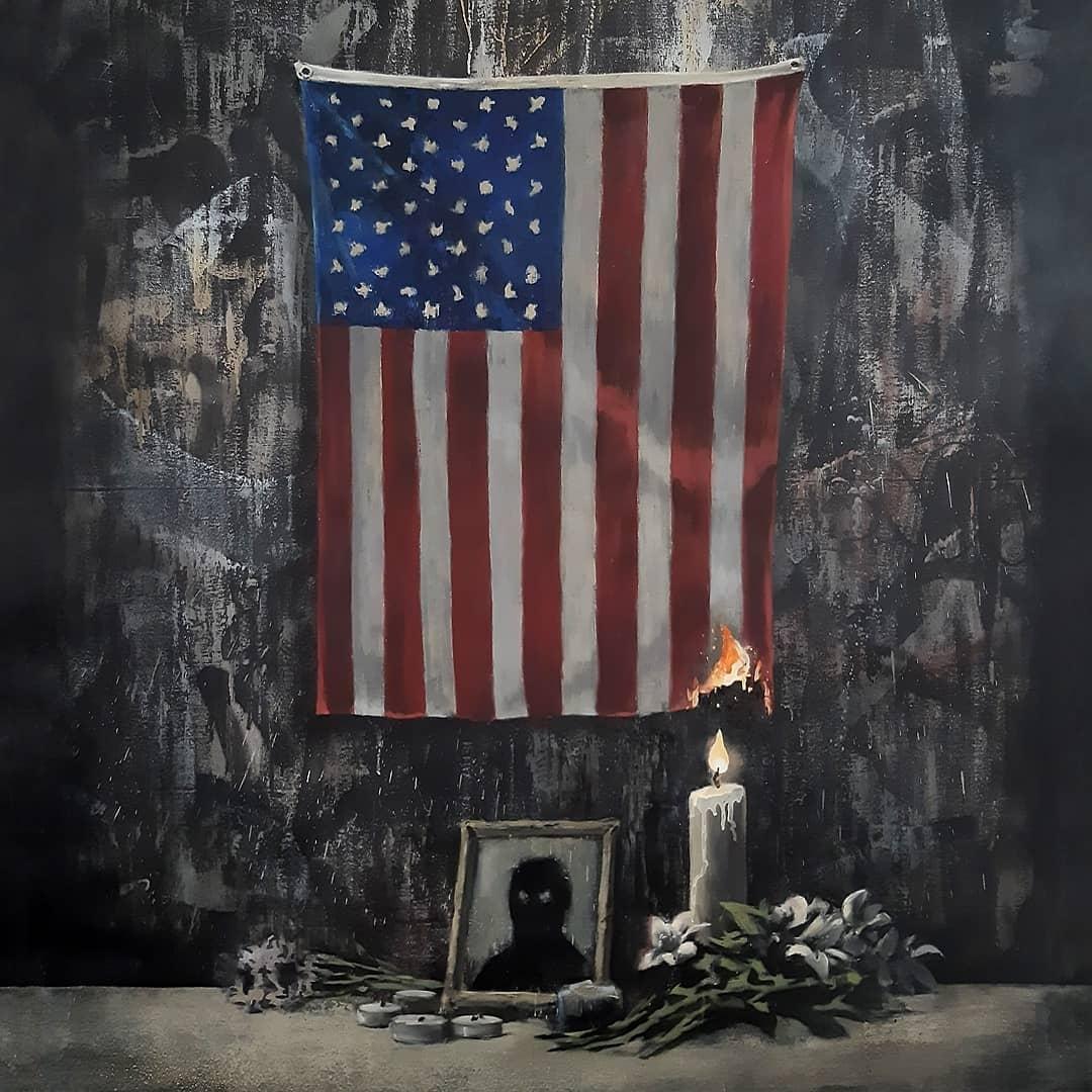 Художник Бэнкси поджигает американский флаг в новой работе, посвященной теме расизма и произвола полиции (ФОТО) - фото №2