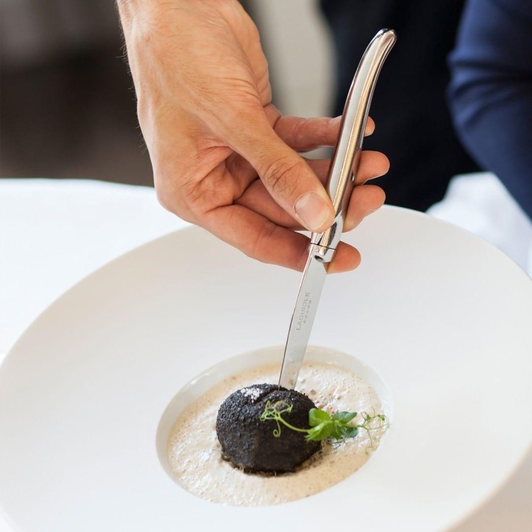"""Мишленовский ресторан """"Кот в сапогах"""" снова ждет гостей в отеле Beau-Rivage Genève - фото №5"""