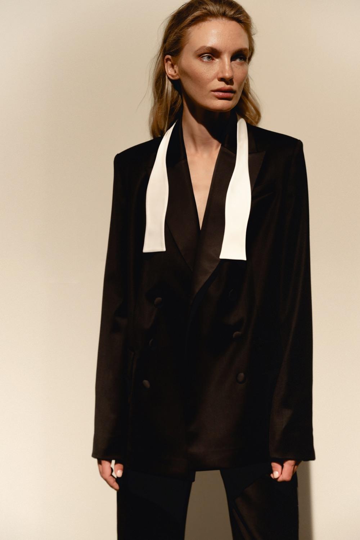 Свежий взгляд на black tie: BEZMEZH представил дебютную коллекцию стильных смокингов (ФОТО) - фото №3