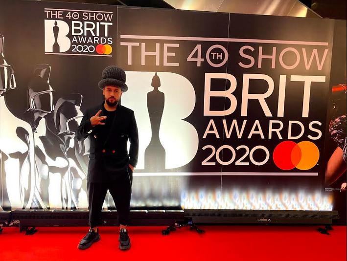 монатик BRIT Awards 2020