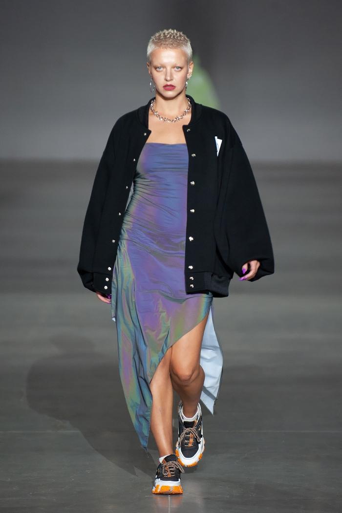 Показ вне модельных стандартов: ROUSSIN представили новую коллекцию на Ukrainian Fashion Week (ФОТО) - фото №5