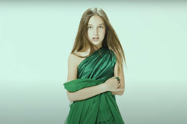 9-летняя дочь Кристины Орбакайте снялась в ее новом клипе - фото №1