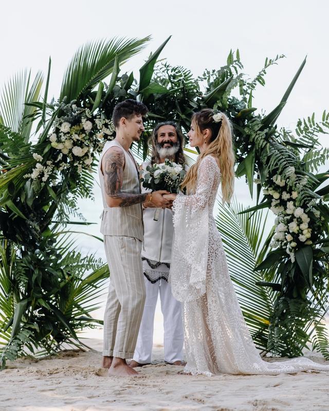мамарика вышла замуж