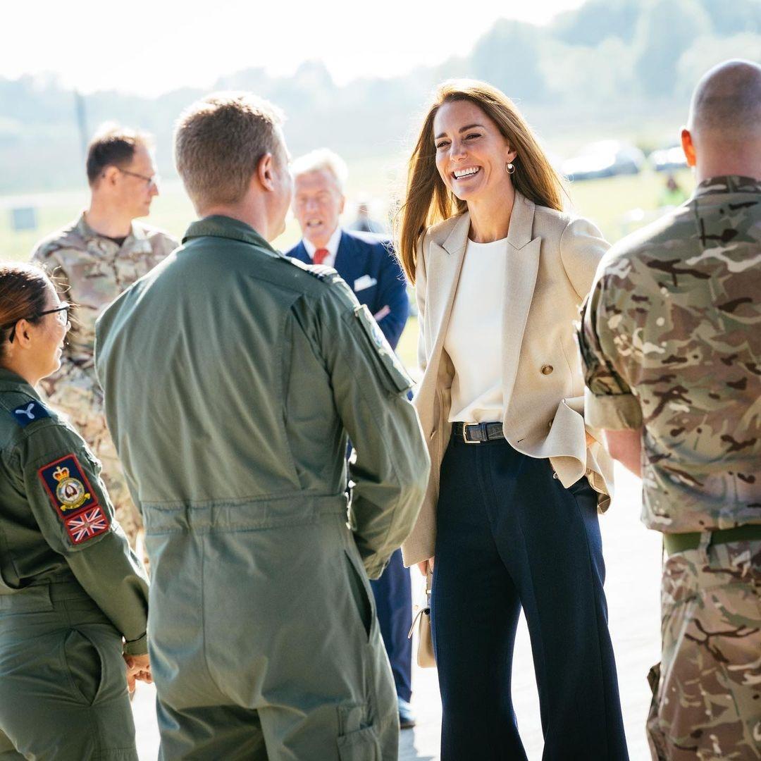 кейт миддлтон на военной базе Брайз-Нортон