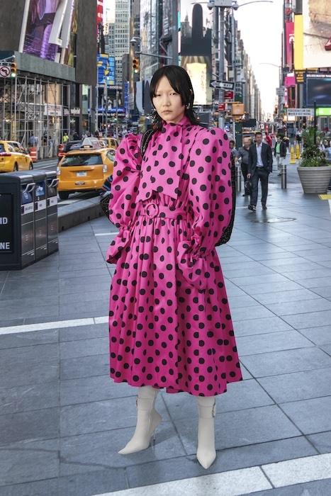 Трендовая одежда на каждый день в новой коллекции Balenciaga (ФОТО) - фото №1