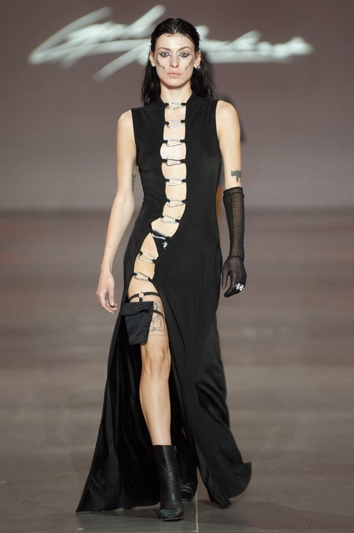 Новое поколение моды: знакомимся с молодыми дизайнерами, которые представили свои коллекции в рамках Ukrainian Fashion Week noseason sept 2021 - фото №2
