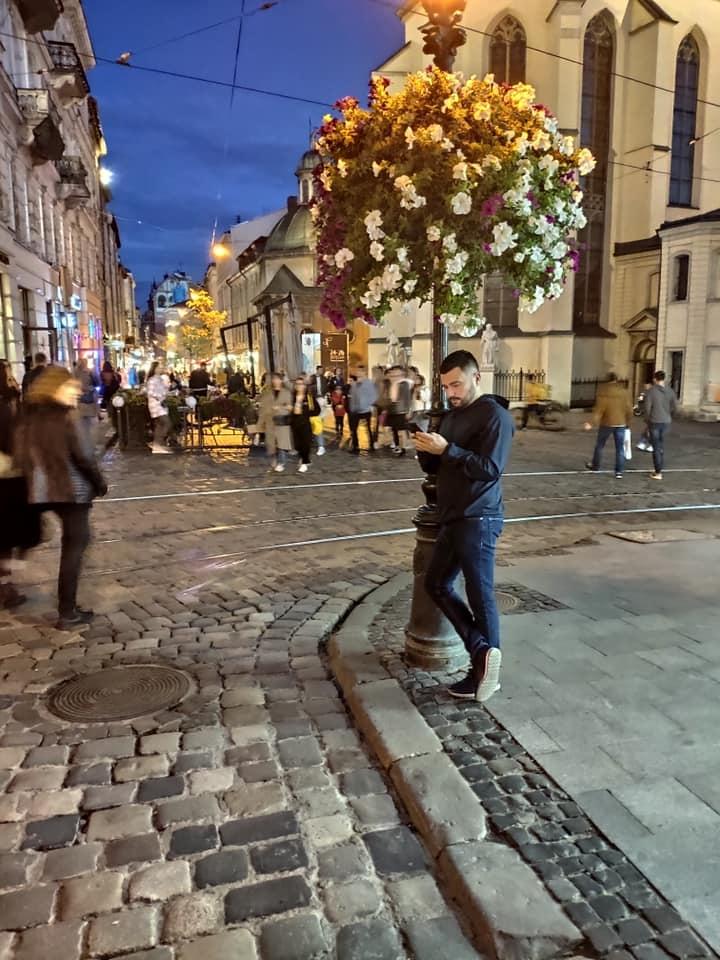 """Ведучі каналу """"Україна"""" поділились цікавими локаціями для осінніх фотосесій - фото №5"""