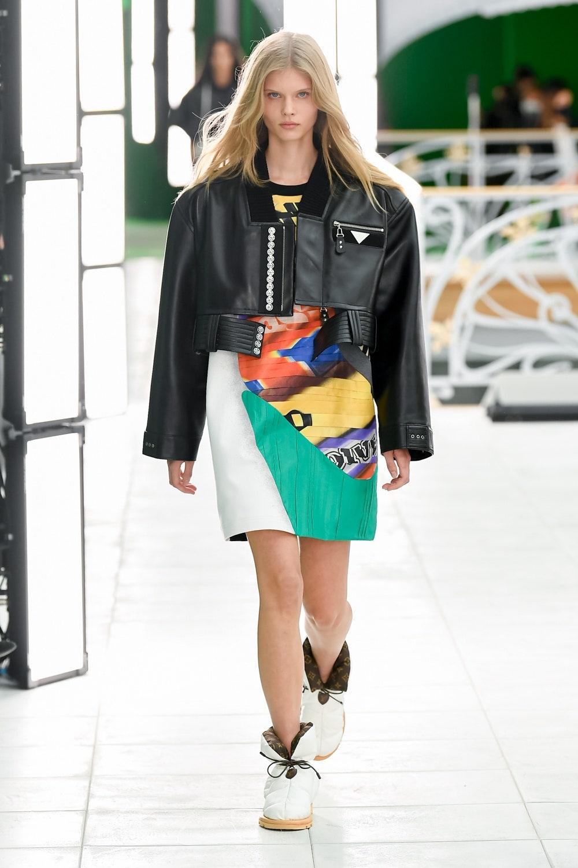 Гид по модным трендам 2021 года в новой коллекции Louis Vuitton (ФОТО) - фото №1