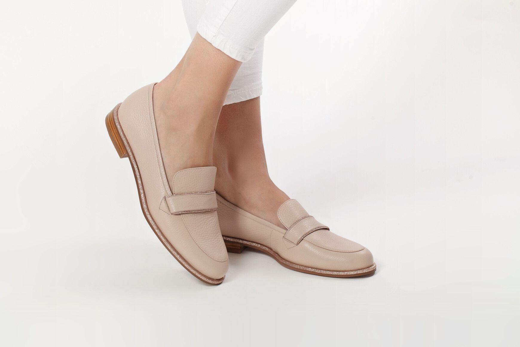 Гид по летней обуви: где найти самые стильные модели этого сезона? - фото №3