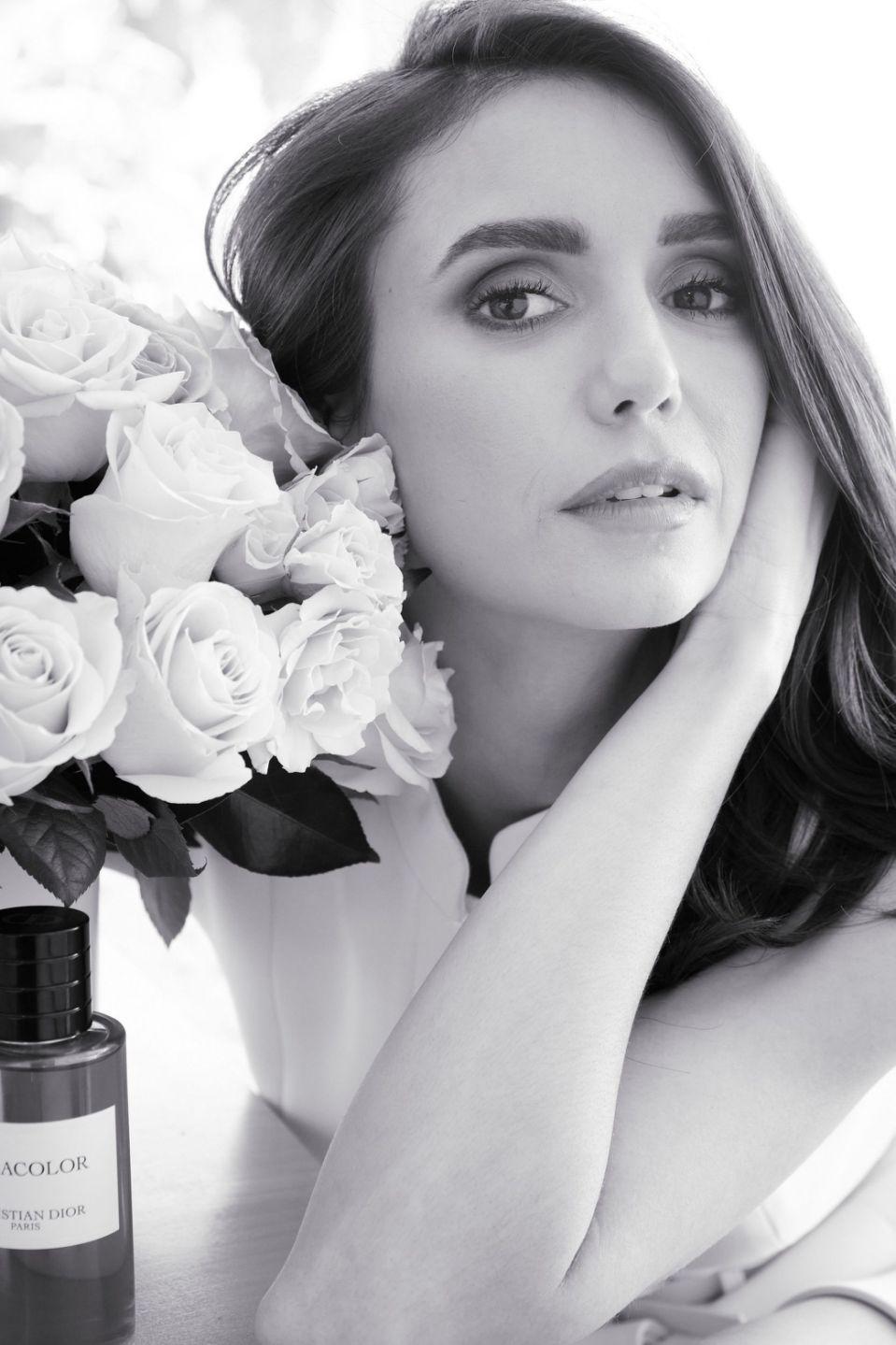 Актриса Нина Добрев стала лицом нового аромата Maison Christian Dior (ФОТО) - фото №1