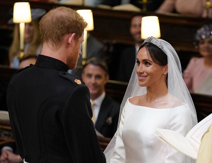 Принц Гарри и Меган Маркл: подборка трогательных кадров герцогов Сассекских - фото №3