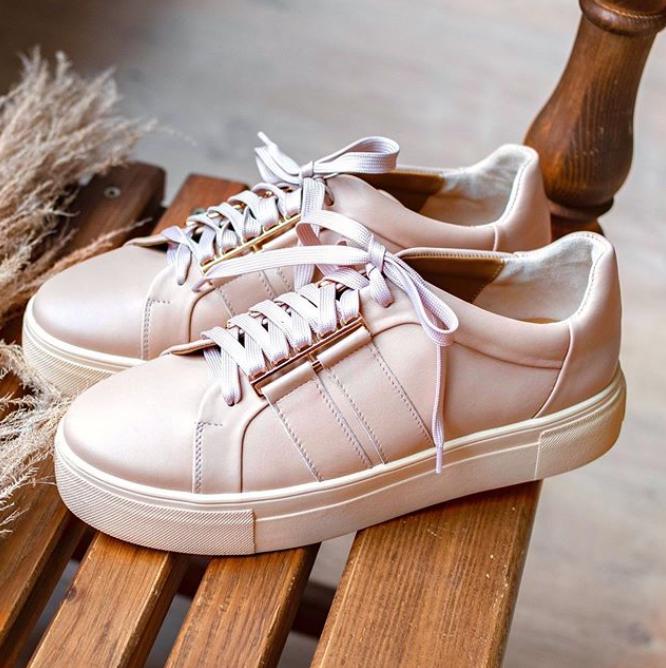 Гид по летней обуви: где найти самые стильные модели этого сезона? - фото №5