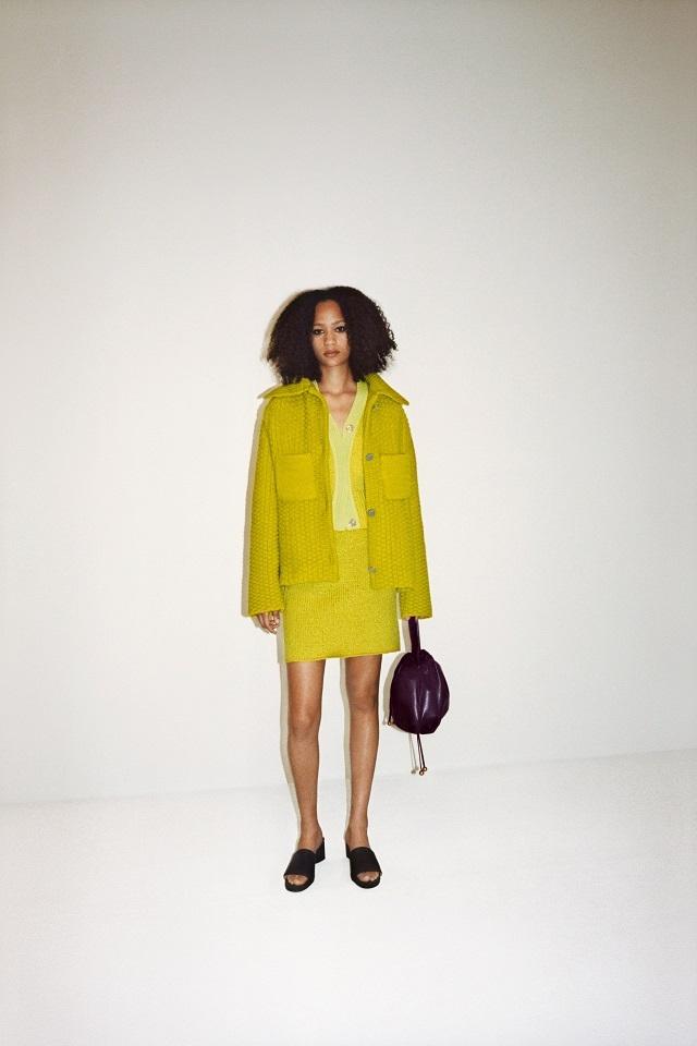 Махровый халат, бабушкин свитер и трикотаж: Bottega Veneta показали, какую одежду носить после карантина (ФОТО) - фото №6