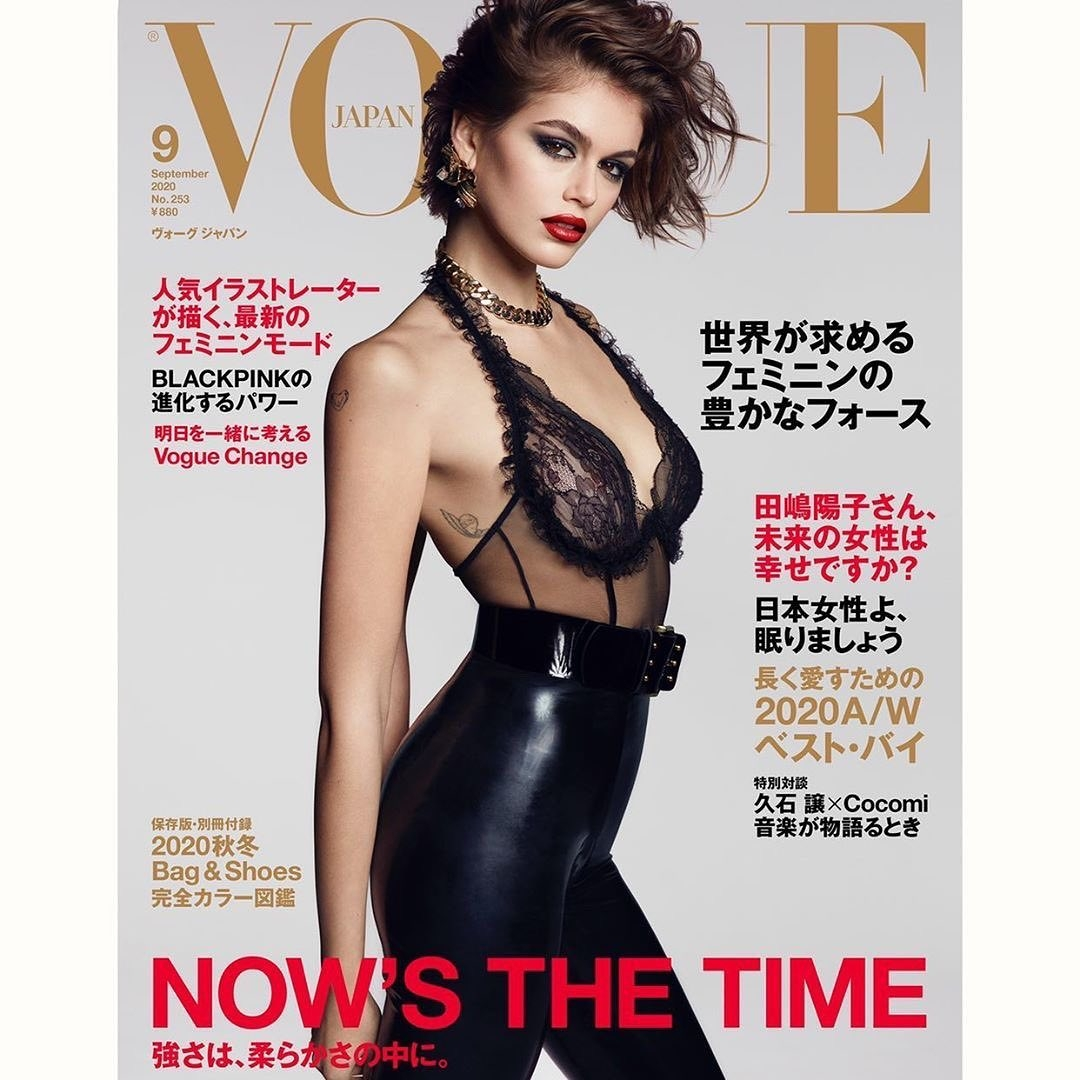 Горячо! 18-летняя дочь Синди Кроуфорд обнажилась для Vogue (18+) - фото №2