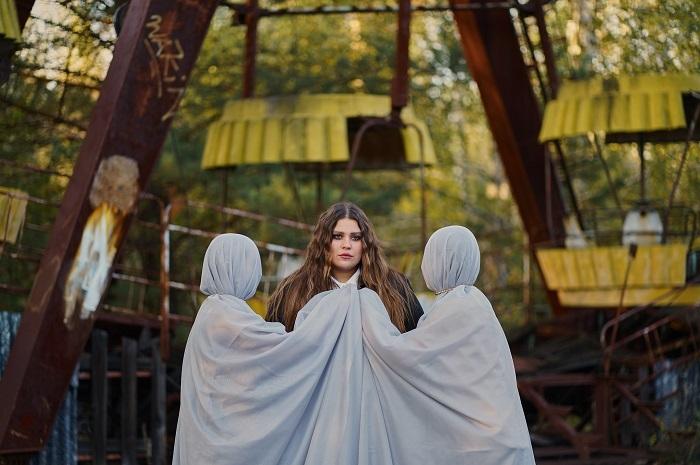 """""""Ніколи не відмовляються від своєї мрії"""": KAZKA про українську музику, конфлікти та проєкт """"Звуки Чорнобиля"""" - фото №1"""