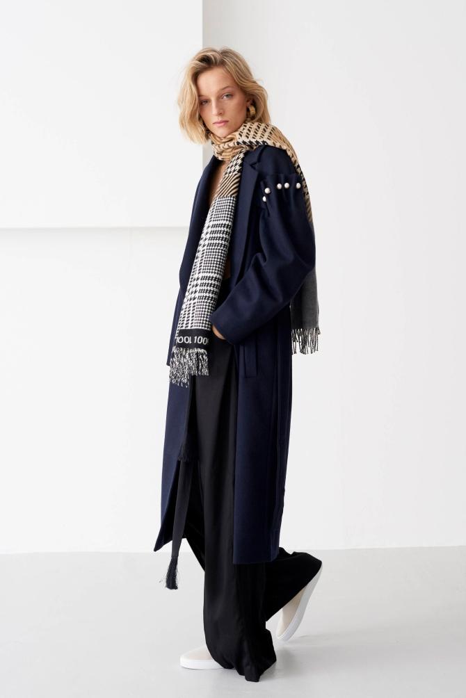 Вещь дня: принц Чарльз выпустил экологический шарф из премиальной шерсти (ФОТО) - фото №1