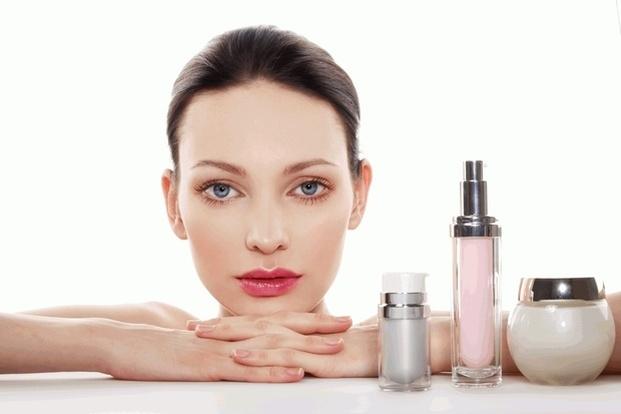 Красота в пандемию: какую косметику чаще всего покупали в прошлом году в мире - фото №2